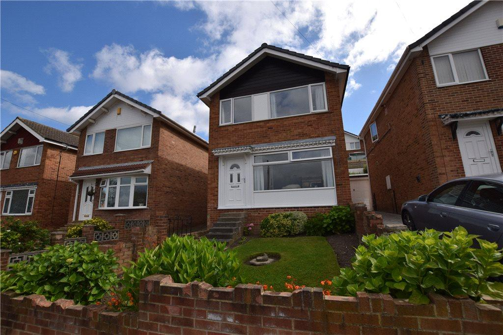 3 Bedrooms Detached House for sale in Cliffe Park Crescent, Leeds, West Yorkshire