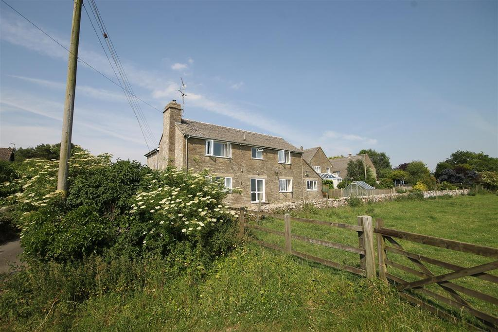4 Bedrooms Detached House for sale in Winstone