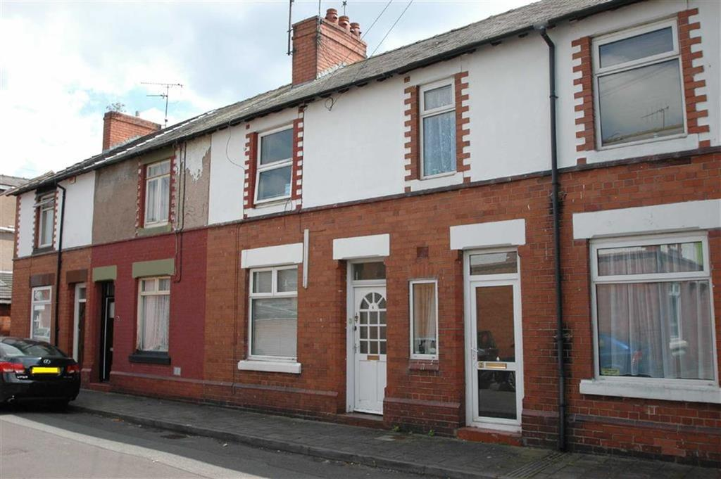 Terraced House for sale in Gresford Avenue, Hoole, Chester
