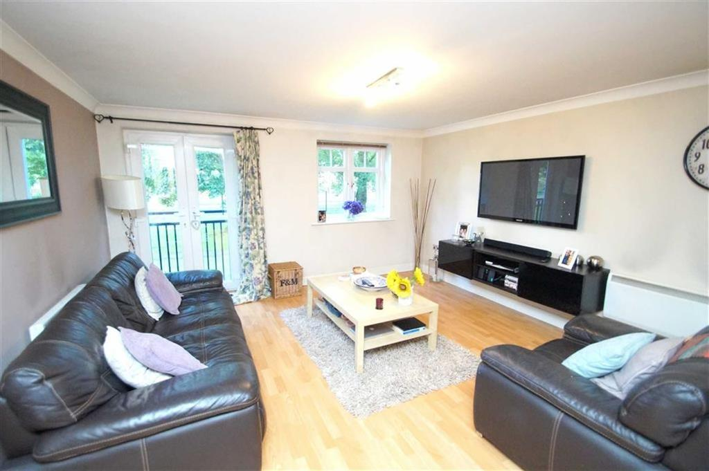 2 Bedrooms Apartment Flat for sale in Brackenhurst Drive, Moortown, LS17