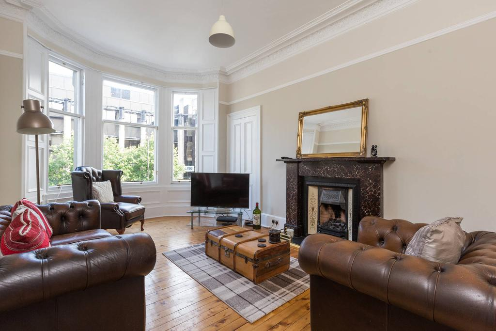 2 Bedrooms Flat for sale in 140 1F1 Dundas Street, New Town, EH3 5DQ