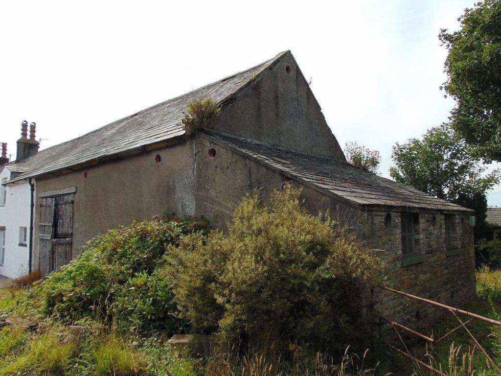 2 Bedrooms Farm House Character Property for sale in Bleach Green Farm Barn, Off Victoria Road, Whitehaven, Cumbria, CA28 6JF