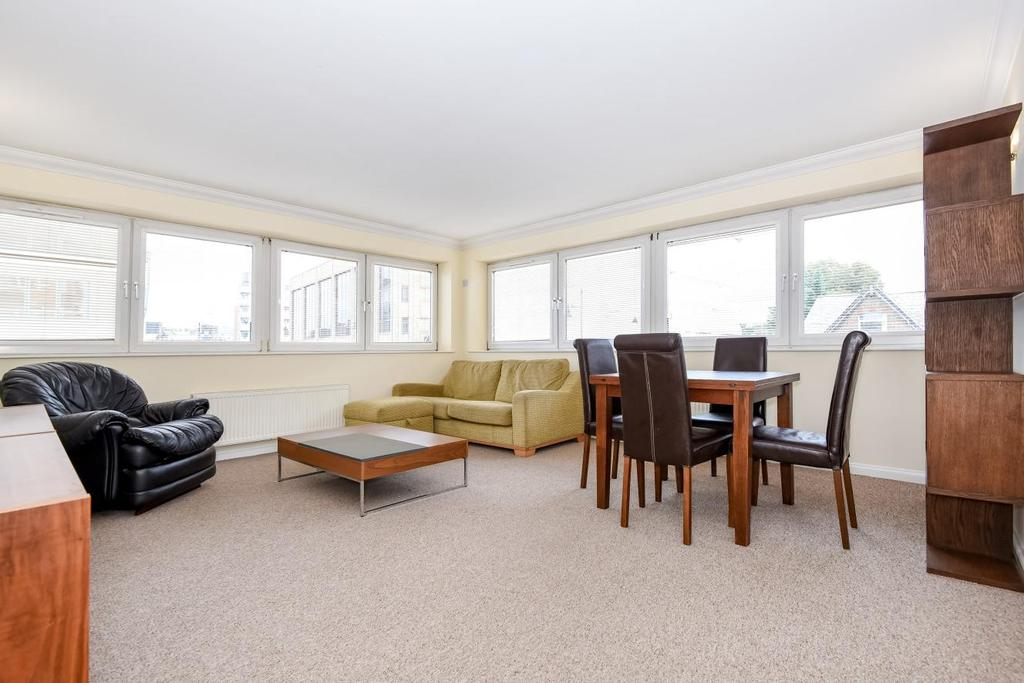 2 Bedrooms Flat for sale in The Broadway, Wimbledon