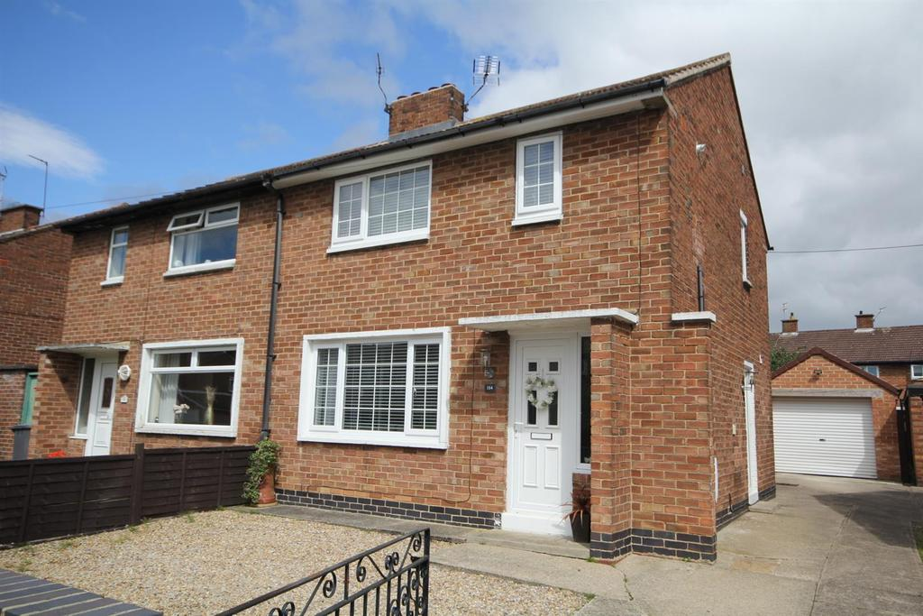 2 Bedrooms House for sale in Wains Road, York, YO24