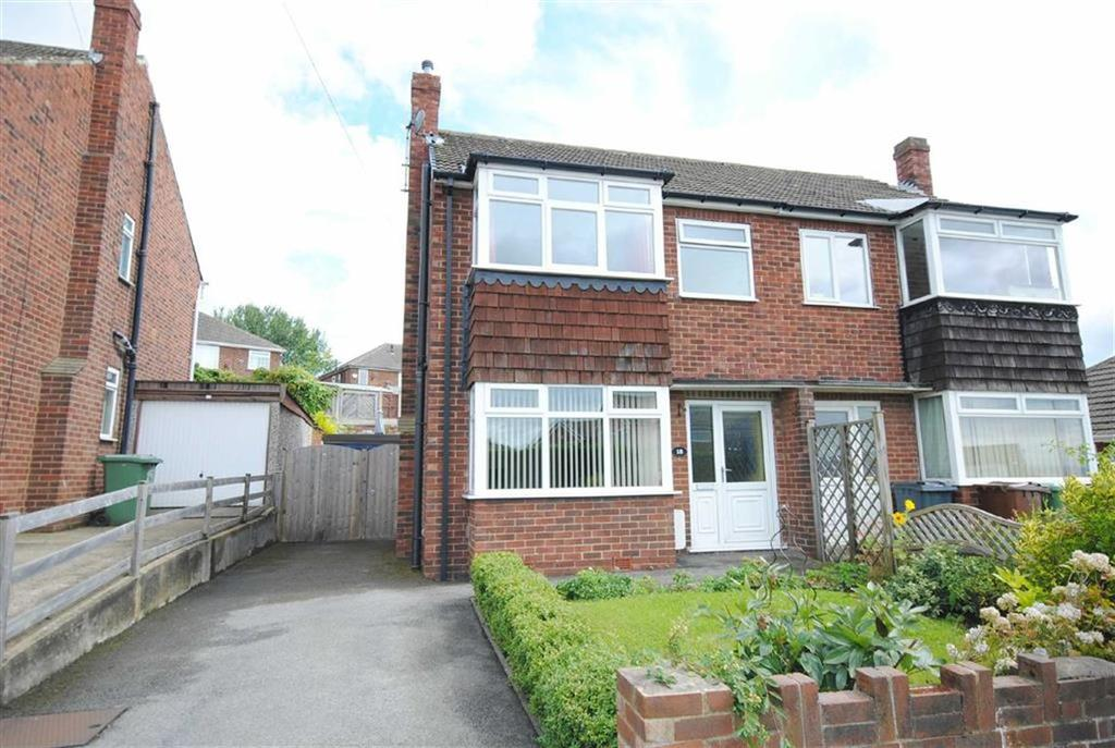 3 Bedrooms Semi Detached House for sale in Whitehouse Crescent, Great Preston, Leeds, LS26
