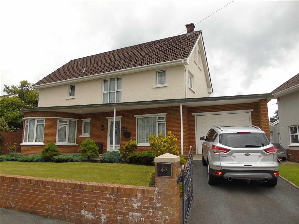 4 Bedrooms Detached House for sale in Spowart Avenue, Llanelli