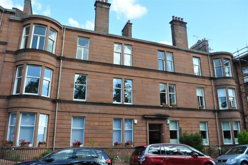 3 Bedrooms Flat for sale in 1/1, 12 Terregles Avenue, Pollokshields, G41 4LX