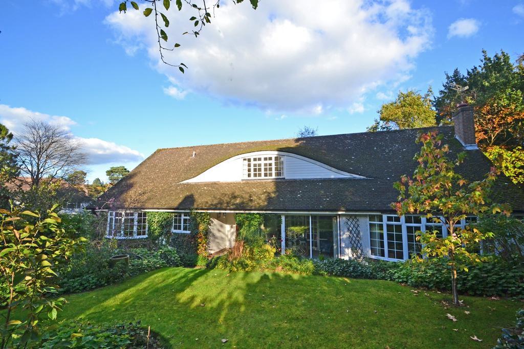 3 Bedrooms Detached Bungalow for sale in West Chiltington, West Sussex RH20