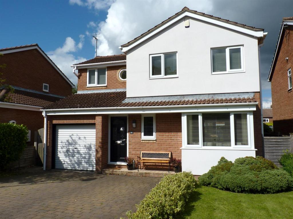 3 Bedrooms Detached House for sale in Hartley Road, Harrogate
