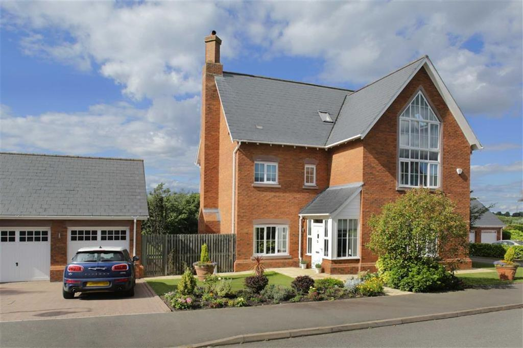 5 Bedrooms Detached House for sale in Ferndown Way, Weston, Cheshire