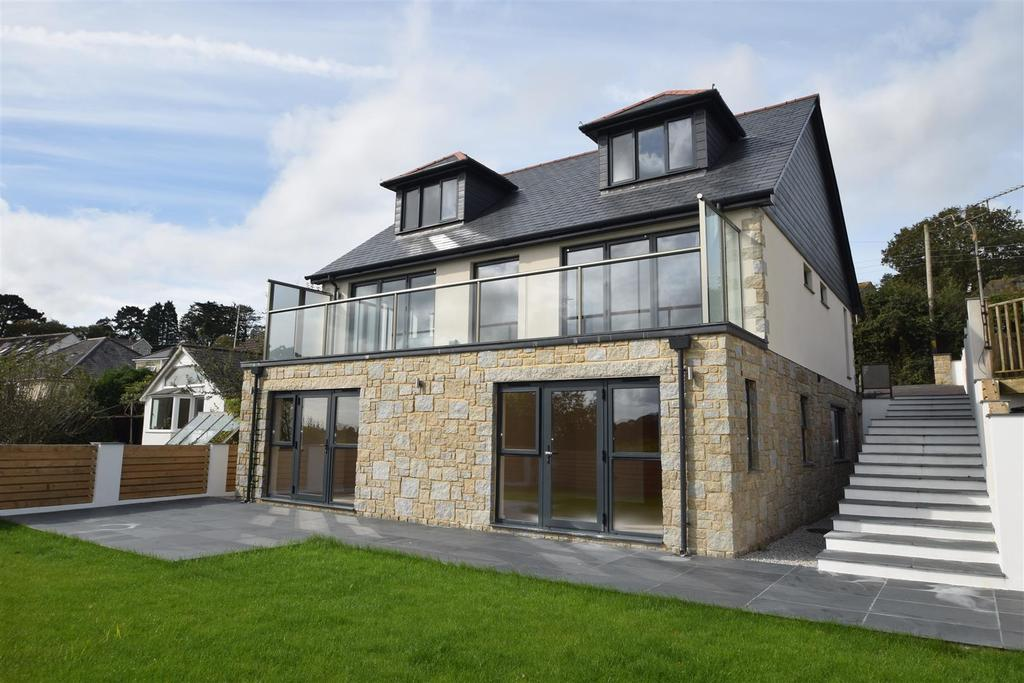 6 Bedrooms Detached House for sale in Budock Water