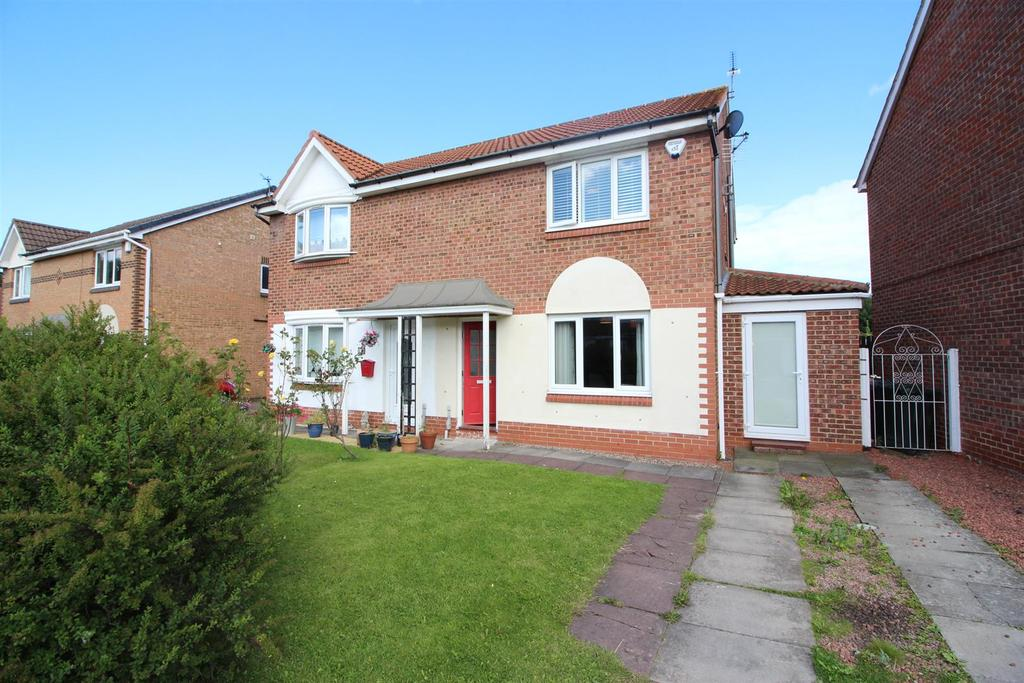 3 Bedrooms Semi Detached House for sale in Bewick Park, Wallsend