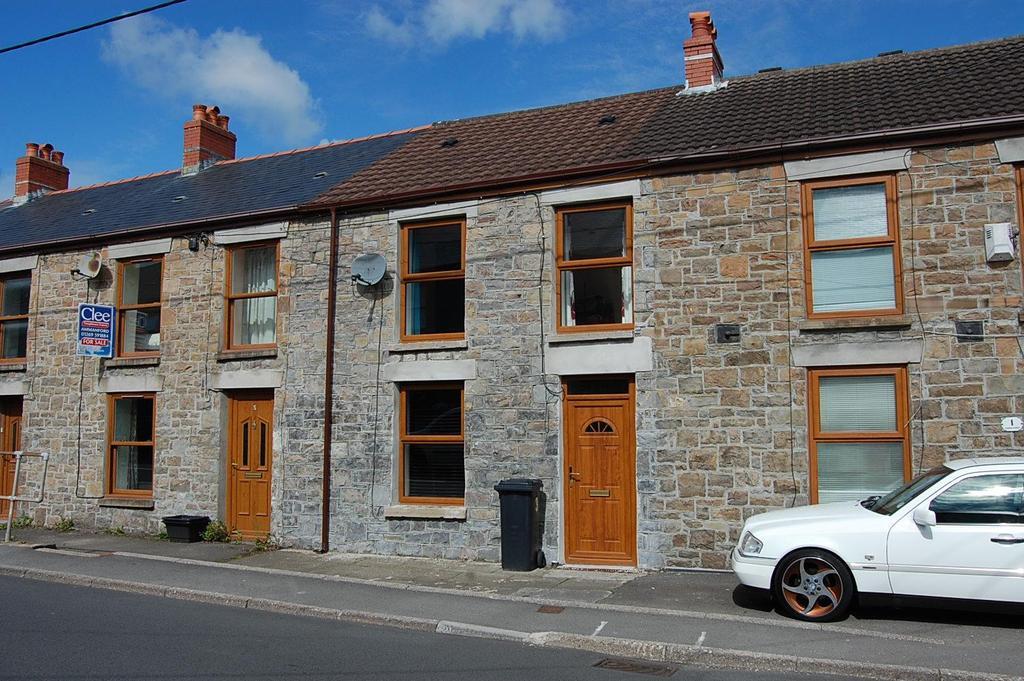 3 Bedrooms Terraced House for sale in Cannon Street, Lower Brynamman, Ammanford