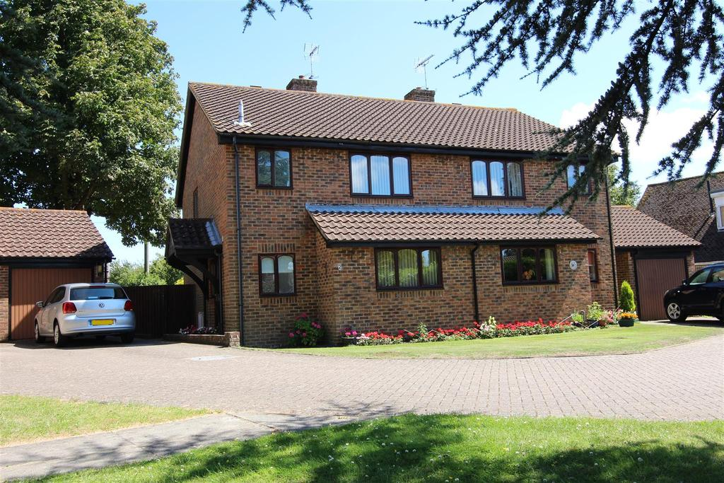 3 Bedrooms Semi Detached House for sale in Sweetlands, Hassocks