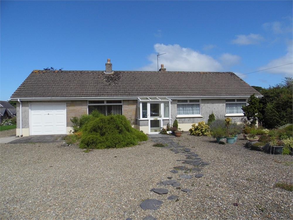 3 Bedrooms Detached Bungalow for sale in Ger-y-Llan, Goat Street, Newport, Pembrokeshire