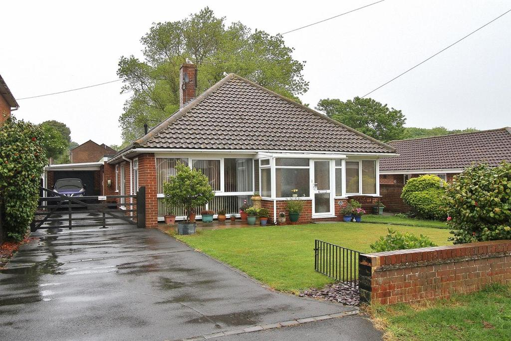 3 Bedrooms Detached Bungalow for sale in Firle Road, Peacehaven