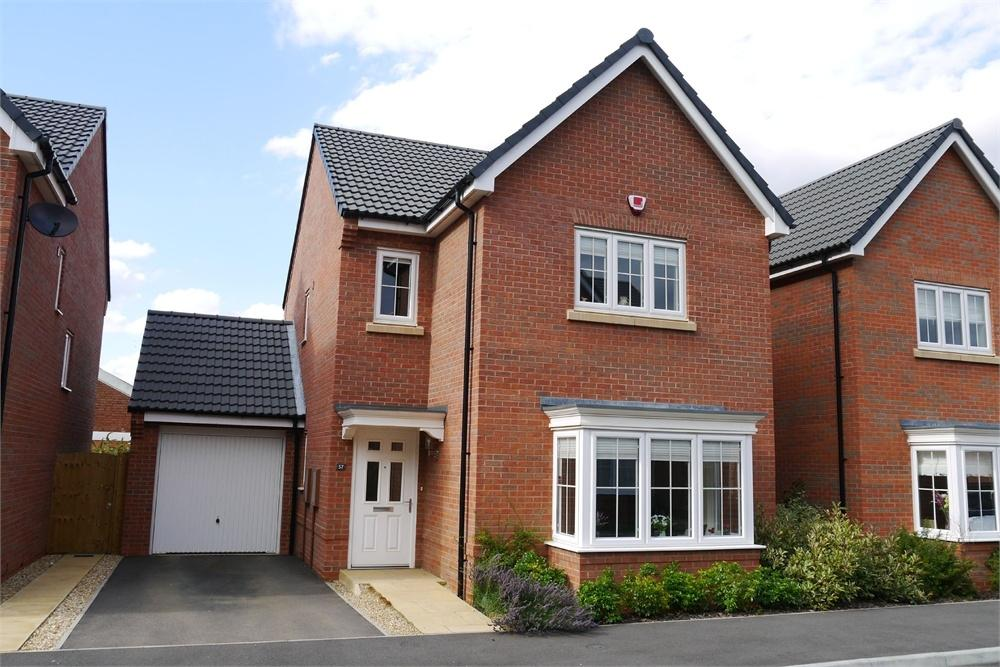 4 Bedrooms Detached House for sale in Bradford Street, Market Harborough, Leicestershire