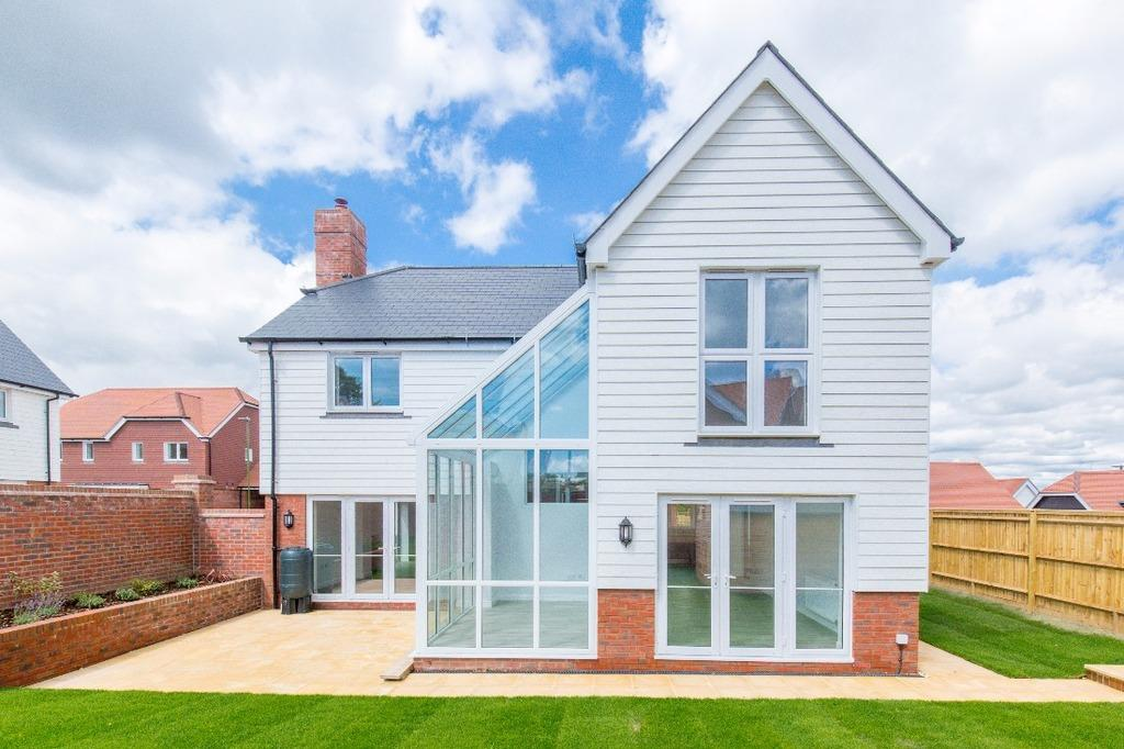 4 Bedrooms Detached House for sale in Laytonfields, Highfield Drive Hurstpierpoint West Sussex BN6