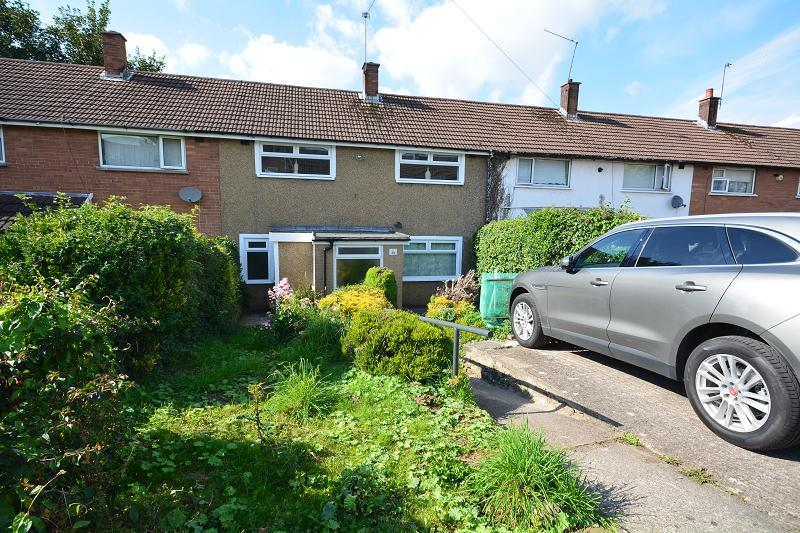 3 Bedrooms Terraced House for sale in Woolacombe Avenue, Llanrumney, Cardiff, Cardiff. CF3
