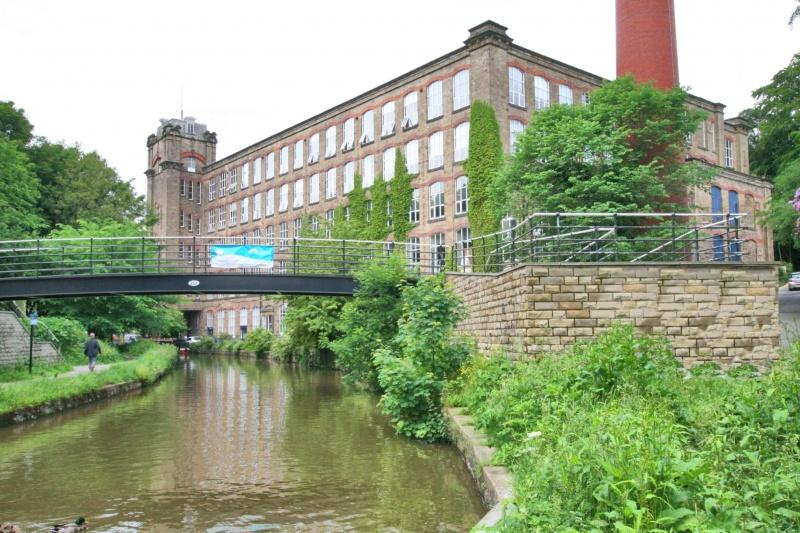 3 Bedrooms Flat for sale in Clarence Mill, Bollington, SK10
