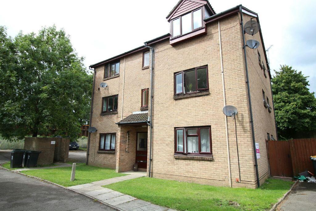 2 Bedrooms Flat for sale in Collingwood Crescent, Newport