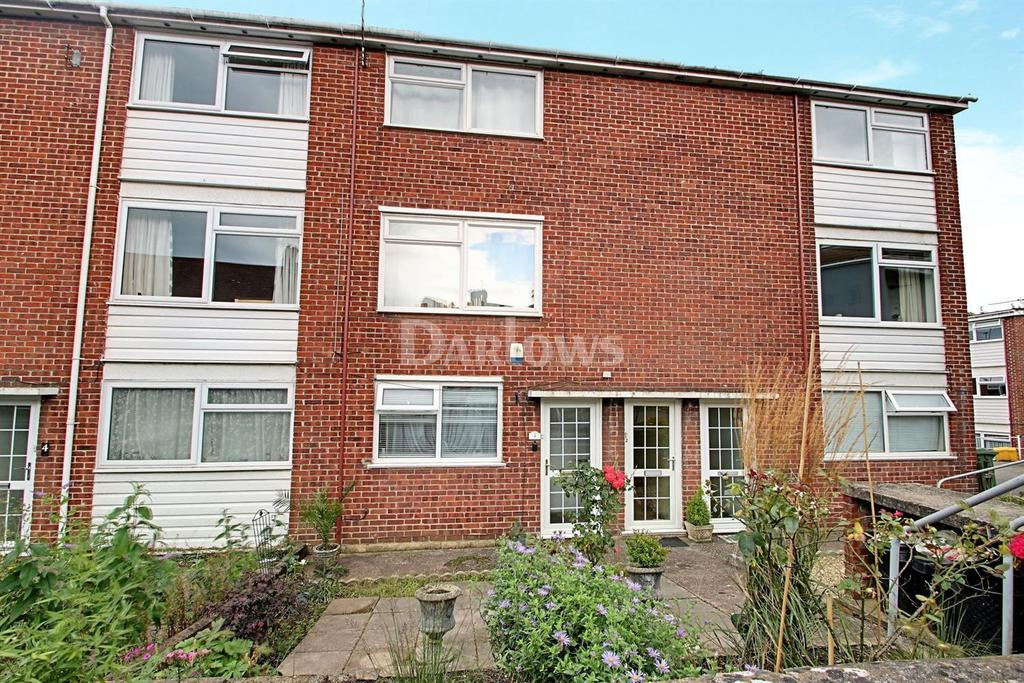 2 Bedrooms Flat for sale in Colchester Court Melrose Avenue, Penylan, Cardiff