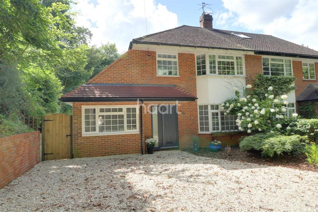 3 Bedrooms Semi Detached House for sale in Punchbowl Lane, Dorking