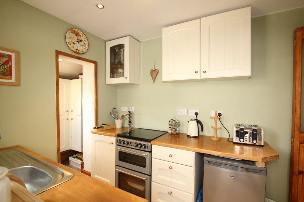 2 Bedrooms Terraced House for sale in Dundonald Street, Barrow-In-Furness