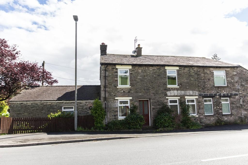 4 Bedrooms Semi Detached House for sale in Woodbank Cottage, Main Street, Endmoor