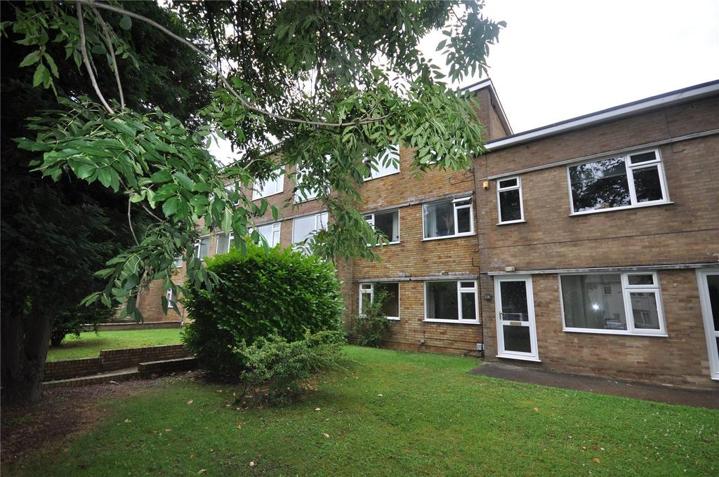 1 Bedroom Apartment Flat for sale in Claremont Court, Whitworth Road, Swindon, Wiltshire, SN25