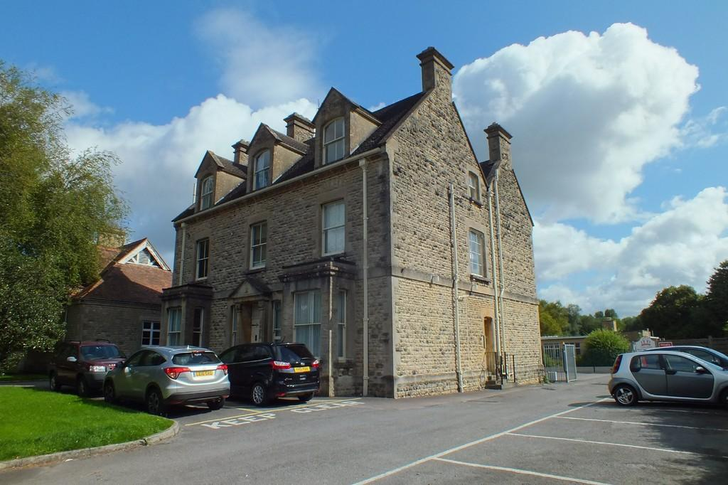 1 Bedroom Apartment Flat for sale in Cirencester