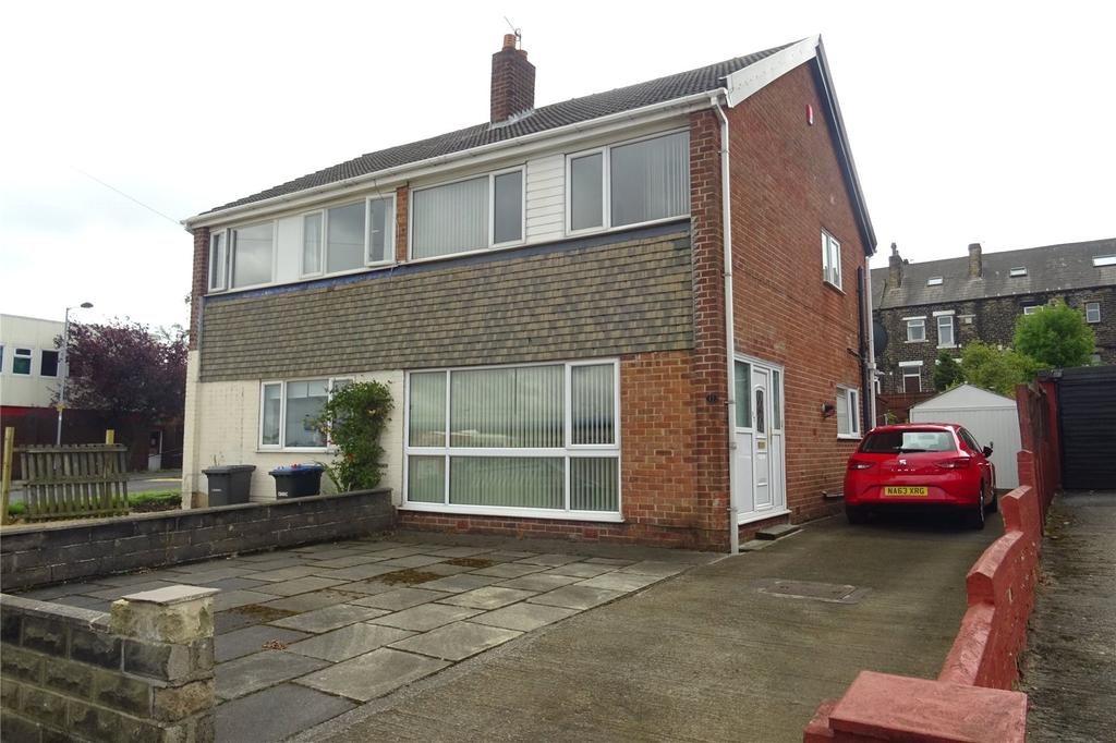 3 Bedrooms Semi Detached House for sale in Busfield Street, Bradford, West Yorkshire, BD4