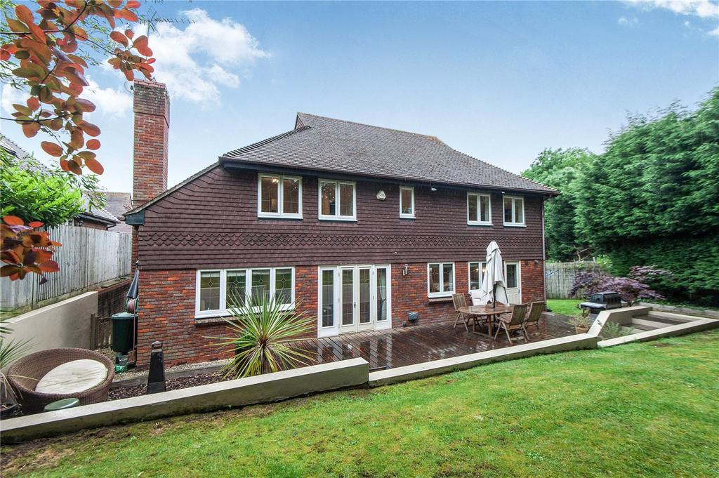4 Bedrooms Detached House for sale in Springfield, Lightwater, Surrey