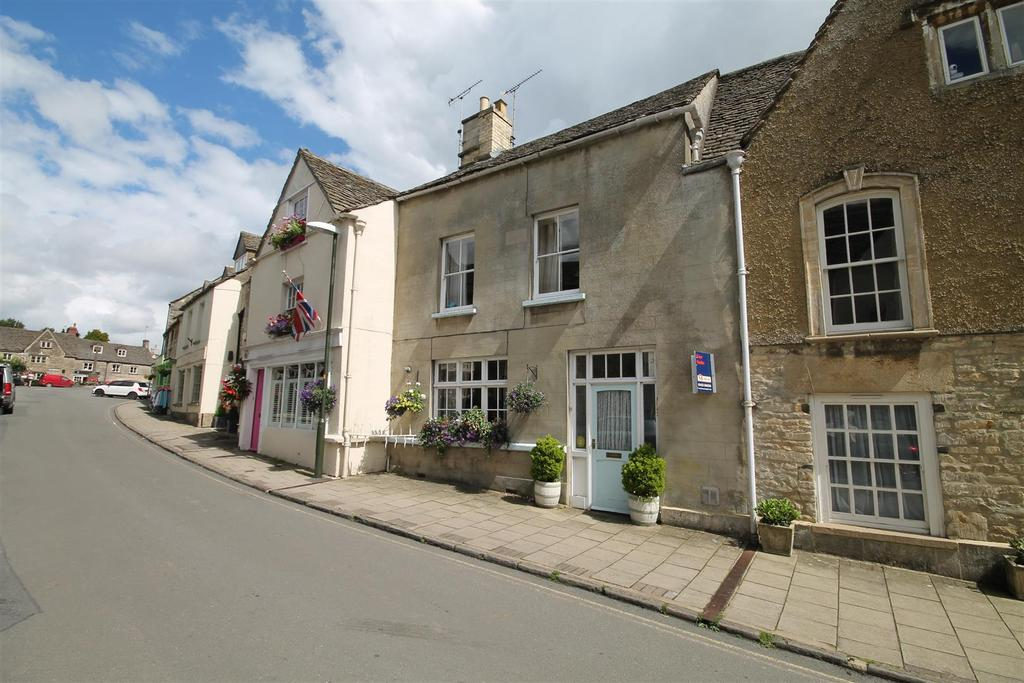 2 Bedrooms House for sale in High Street, Minchinhampton, Stroud