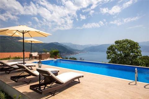 5 bedroom house  - Zabrdje, Lustica, Montenegro