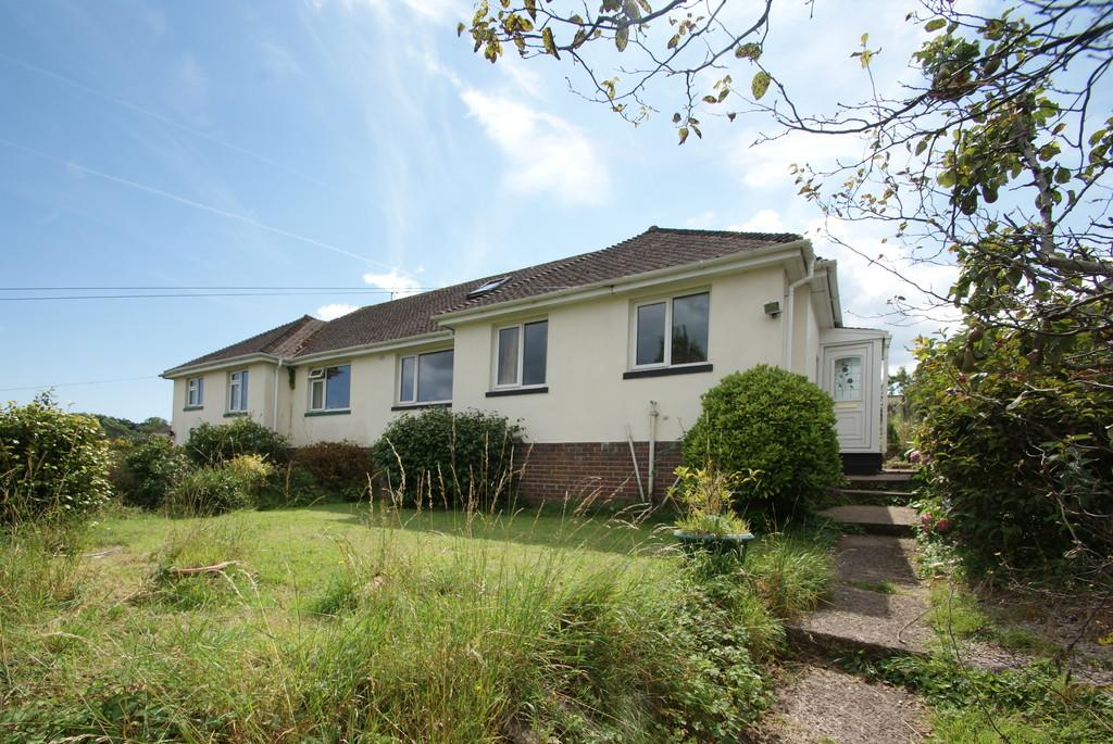 2 Bedrooms Semi Detached Bungalow for sale in Shiphay Lane | Torquay