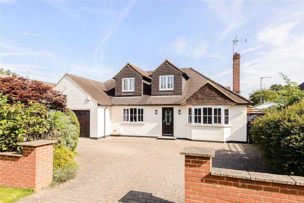 4 Bedrooms Detached House for sale in York Road, Windsor, Berkshire, SL4