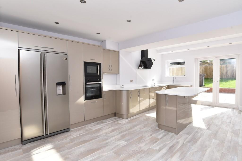 3 Bedrooms Terraced House for sale in Swarcliffe Road, Harrogate