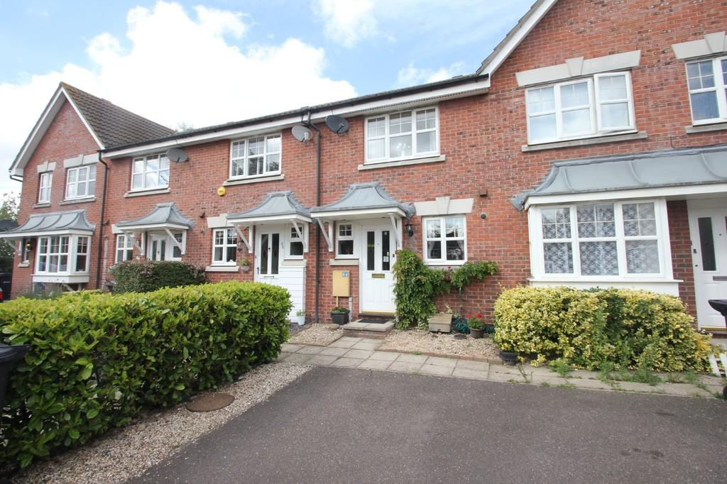 2 Bedrooms Terraced House for sale in Grosvenor Road, Rayleigh
