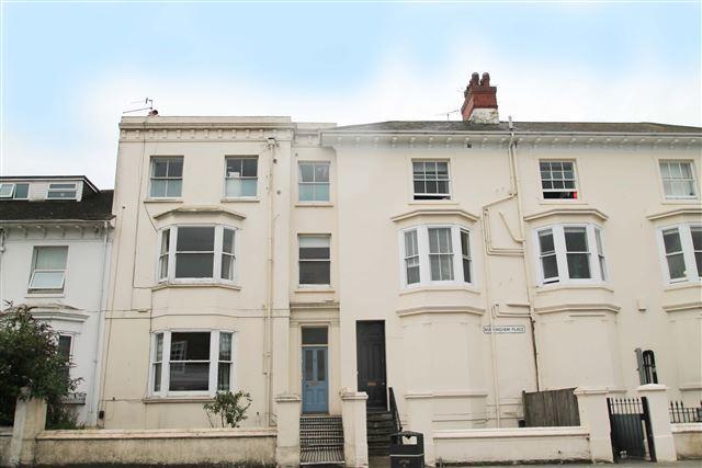 Studio Flat for sale in Buckingham Place, Brighton