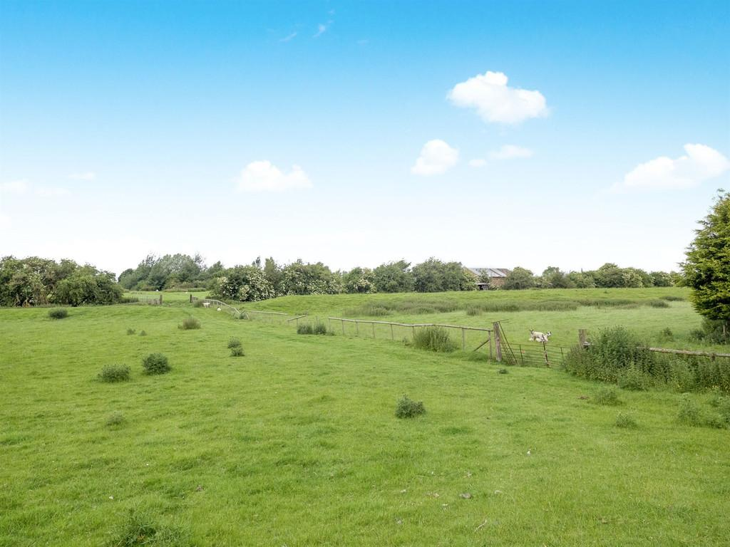 Land Commercial for sale in Main Road, Kirby Bellars