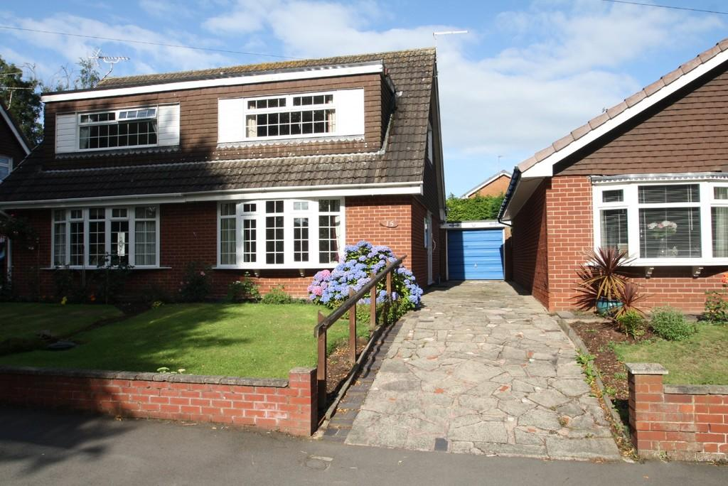 2 Bedrooms Semi Detached House for sale in 15 Budworth Close, Sandbach, CW11 1TA
