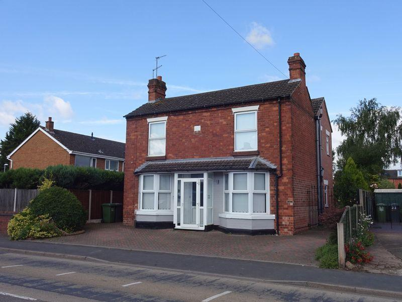 4 Bedrooms Detached House for sale in Minster Road, Stourport-On-Severn DY13 8AR