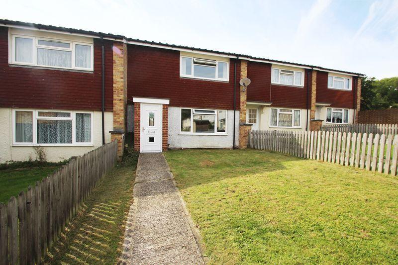 2 Bedrooms Terraced House for sale in Waveney Road, Tonbridge
