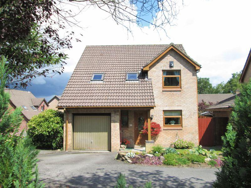 4 Bedrooms Detached House for sale in St Michaels Way Brackla Bridgend CF31 2BT
