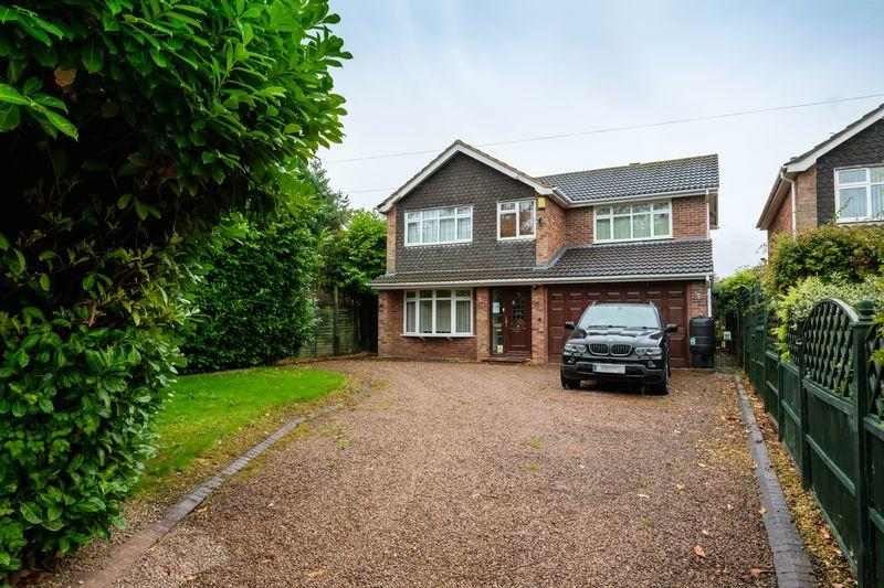 4 Bedrooms Detached House for sale in Grange Road, Tettenhall, Wolverhampton