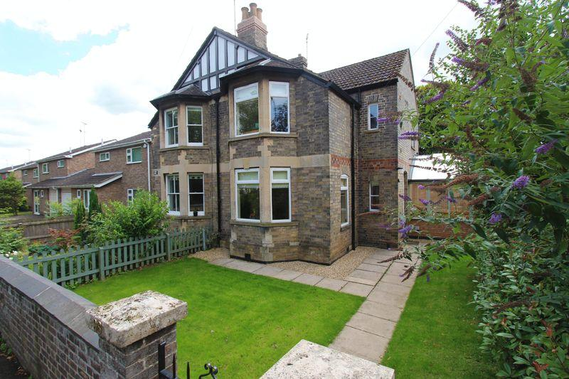 3 Bedrooms Semi Detached House for sale in Empingham Road, Stamford