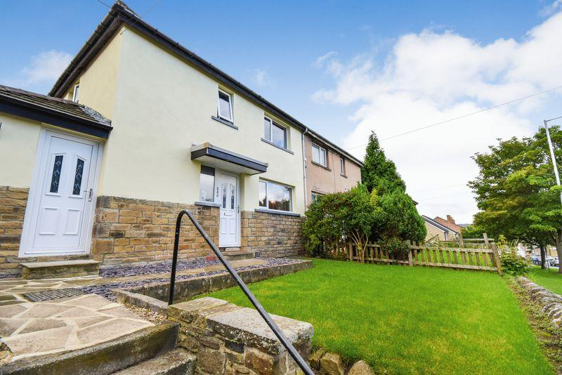 3 Bedrooms Semi Detached House for sale in Leeds Road, Shipley