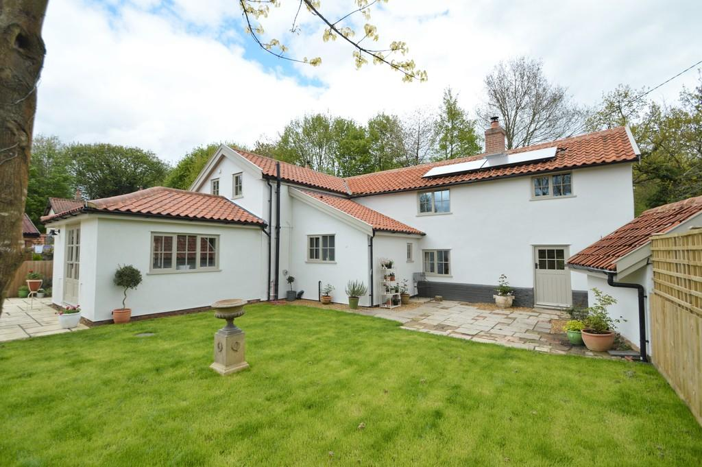 3 Bedrooms Cottage House for sale in Reymerston