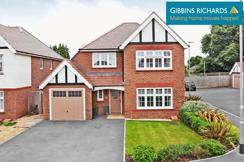 4 Bedrooms Detached House for sale in Carver Close, Bridgwater